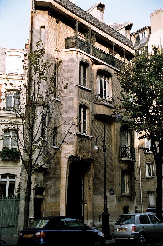 Plus de 1000 id es propos de art nouveau guimard sur - Hotel particulier paris bismut architecture ...